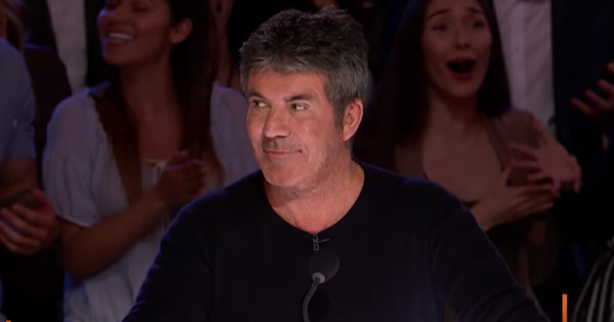 Amanda Mena, Simon Cowell, America's Got Talent