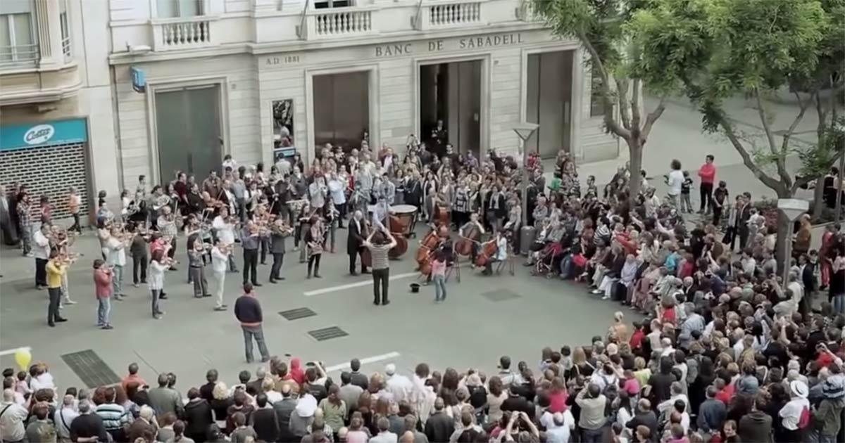 banco sabadell, flashmob, ode to joy